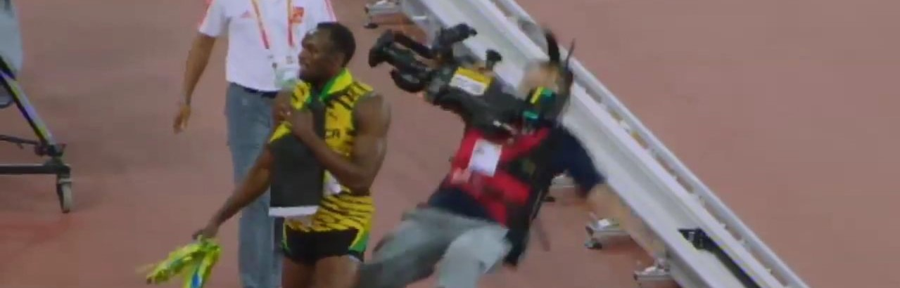 【悲報】カメラマン、オリンピック陸上選手よりも早くゴールする