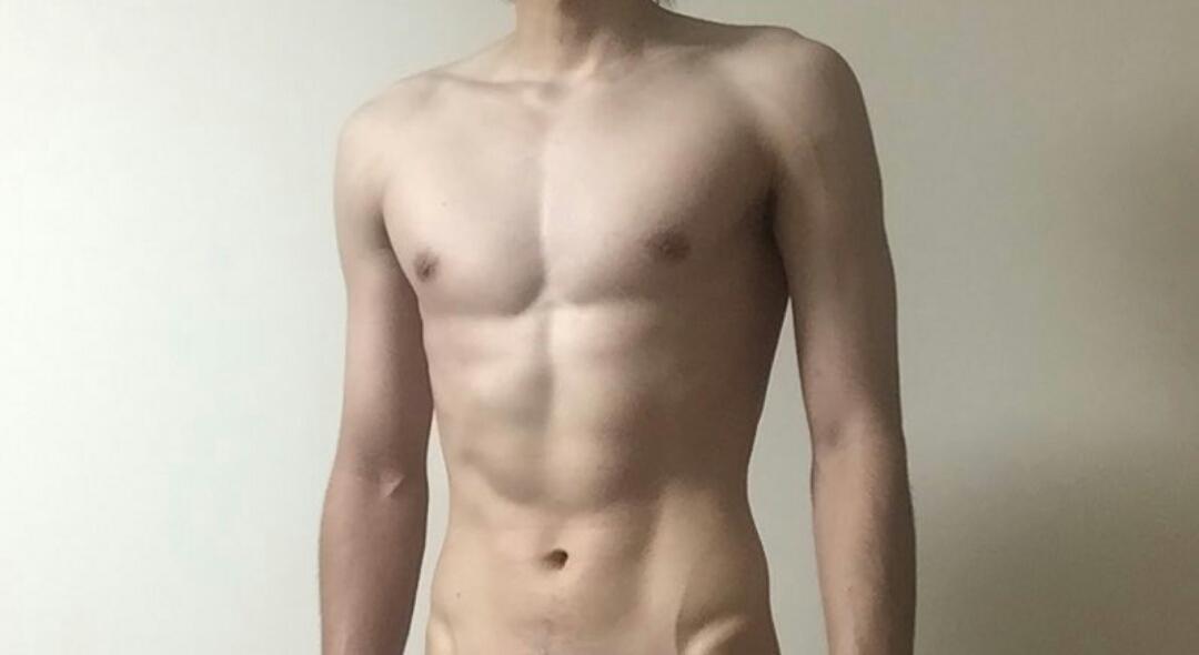 【画像】女性「鍛えすぎてる男は無理!これぐらいの筋肉があればいい」