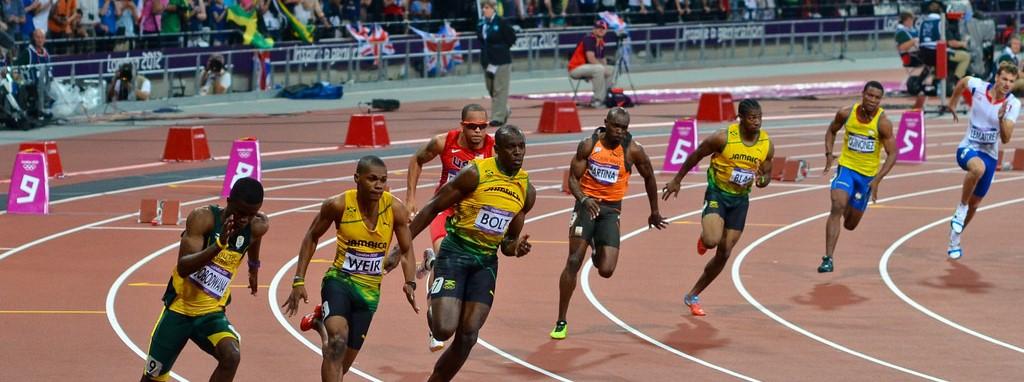 陸上競技の200mってスプリント能力とある程度のスタミナも必要だよな