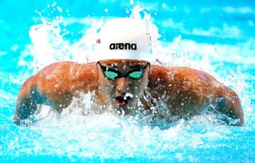 【スポーツ科学】クロールのバタ足、速くなる効果なし むしろ水の抵抗が増える【水泳】