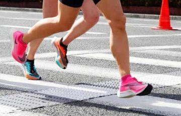 """【陸上】<ナイキの厚底シューズ> 世界陸連が新規則発表 ナイキ現行モデルは可、""""2時間切り""""靴は規制に"""